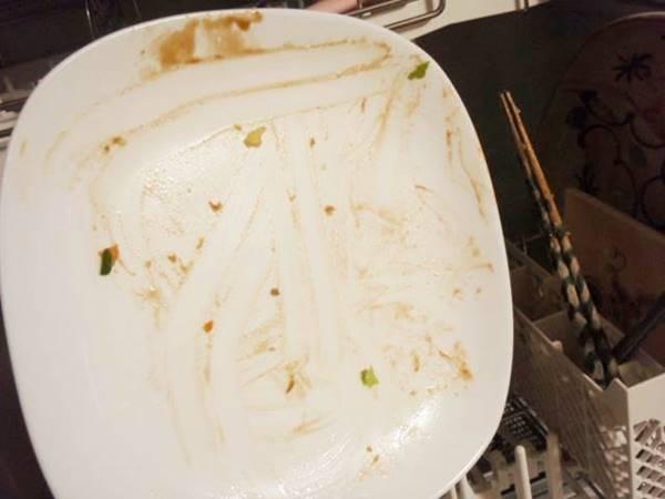 食洗機で食器の汚れは落ちるか?
